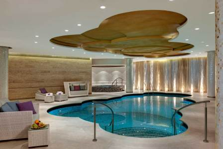Pool – wheelchair accessible 5* Hotel Berlin City West