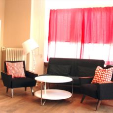 Living room – wheelchair accessible trendy Apartment Berlin